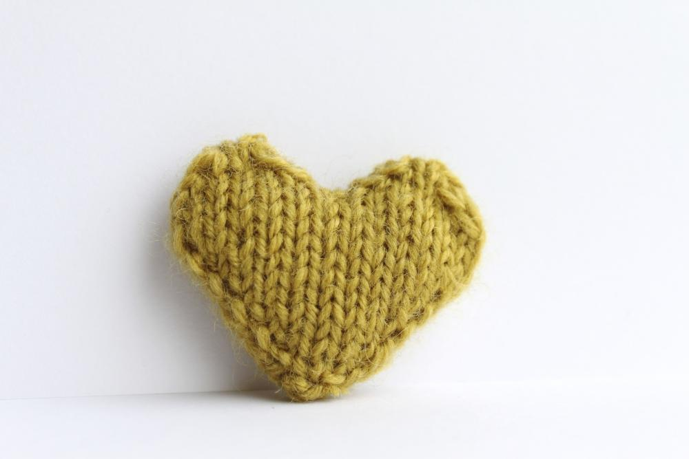 Heart pin brooch knitted in chartreuse